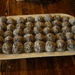 Bonbon di cocco e cacao; un dolce vegano