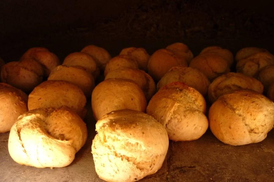 Il pane semi-integrale nel forno a legna